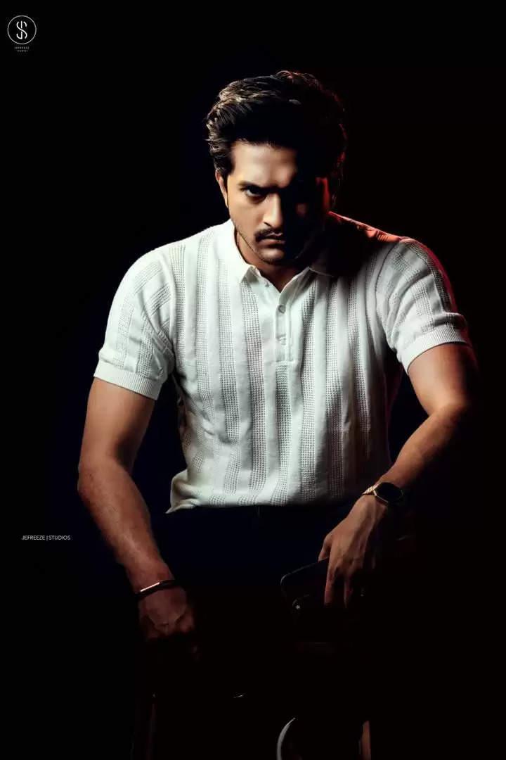 மாஸ் லுக்கில் நடிகர் முகேன் ராவ்.. வைரலாகும் போட்டோஷூட் !