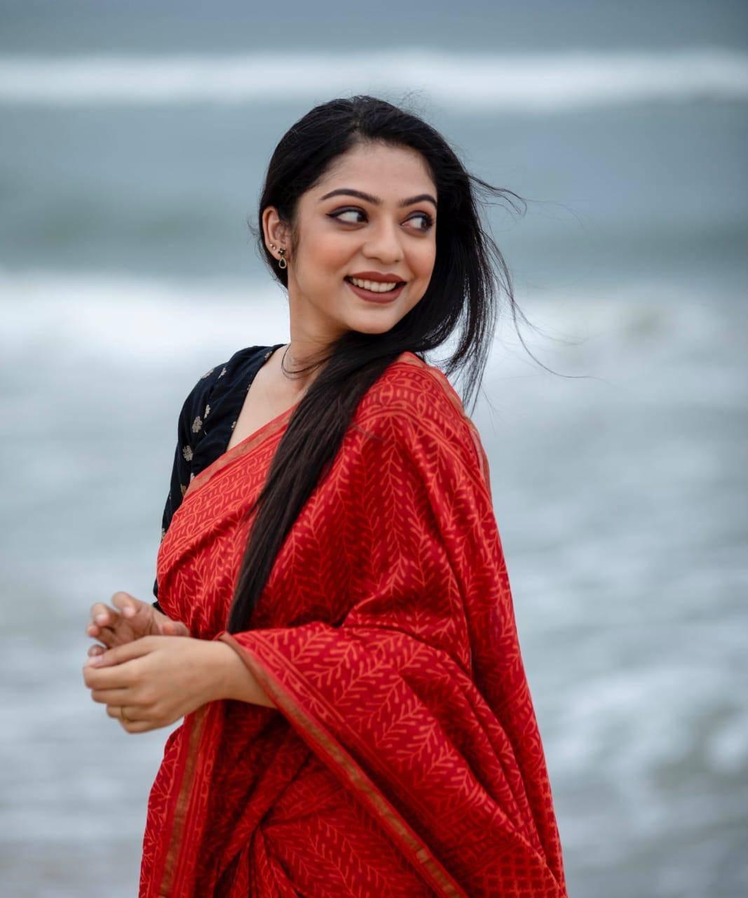 Varsha Bollamma shares interesting information about Thalapathy