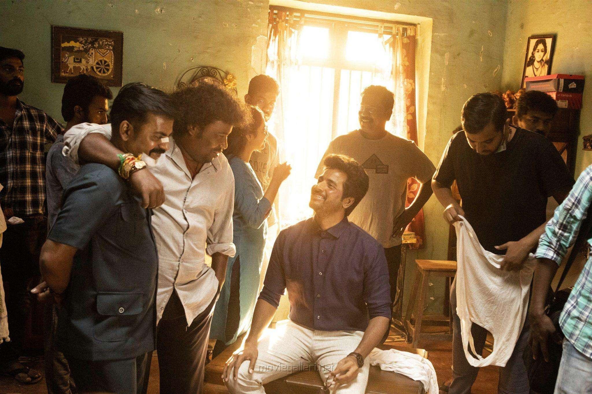 விஜய்-காக காத்திருக்கும் 'டாக்டர்'…. சிவகார்த்திகேயனின் ஸ்பெஷல் ட்ரீட்